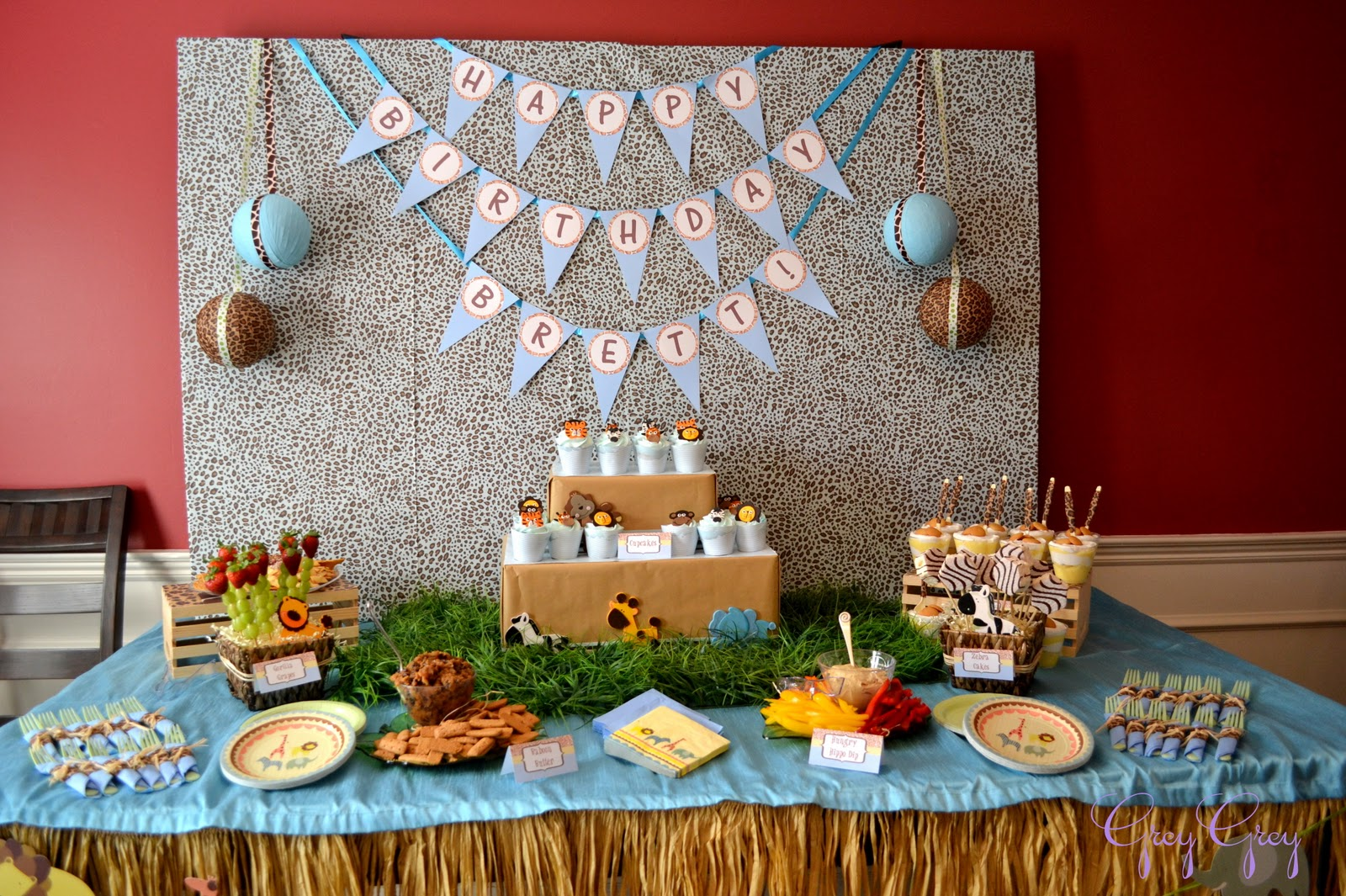 GreyGrey Designs My Parties Bretts Jungle Safari 1st Birthday