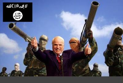 Irak et Syrie ou l'arnaque occidentale de l'EI  - Page 2 1-ISIS-McCain-CIA