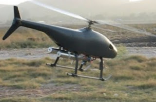 Helikopter Hitam Misterius Terbang Rendah di Atas Bundaran HI