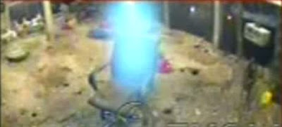 ghost-caught-on-camera-real_spirits_caught_on_camera-video-photos-images-Sprit-Alien-UFO-Soul-Supernatural-Thing-GOD-images-photos-video-2