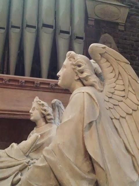 天使はいつもわたし達とともにいます