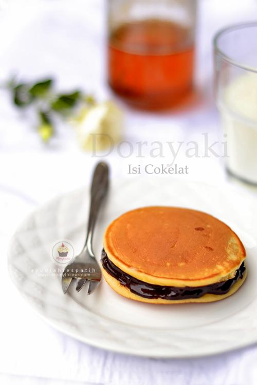 Dorayaki Isi Cokelat