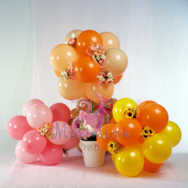 Balloon centerpiece party favors ideas
