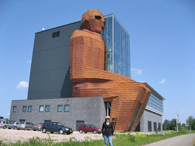 Weird Buildings - corpus museum