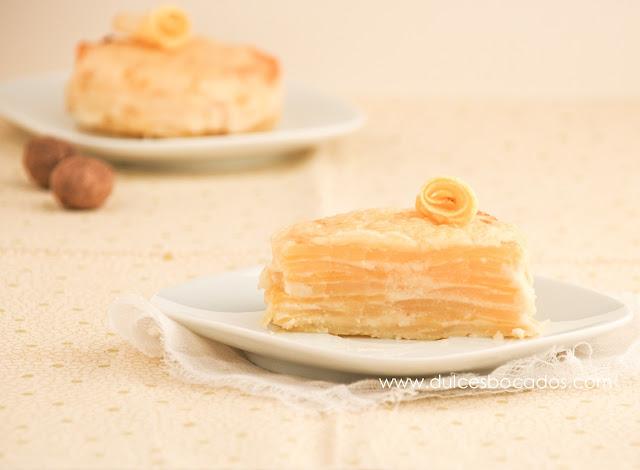 Pastel de patata y manzana con crema de quesos