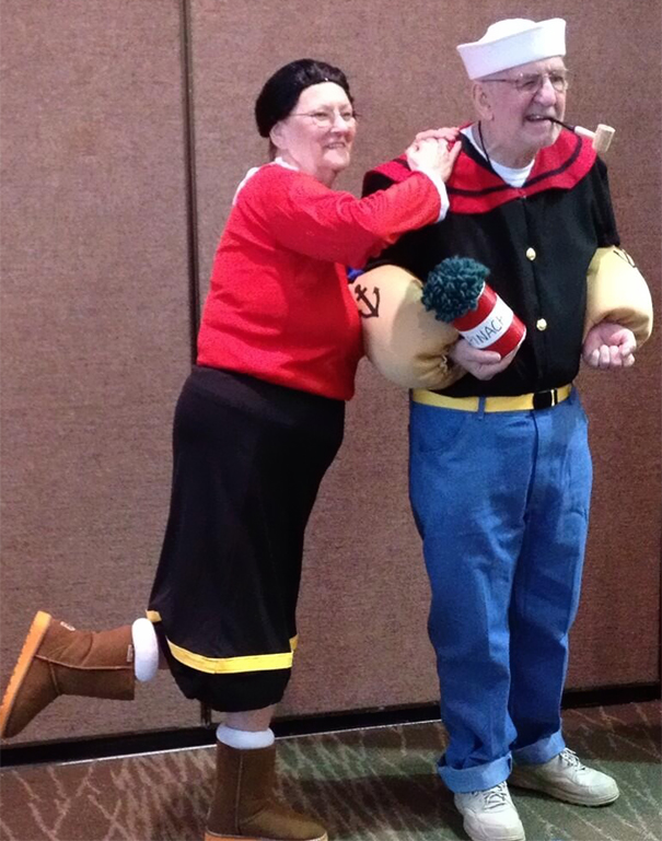 16 Elderly Couples Prove You're Never Too Old To Have Fun - Cosplay!