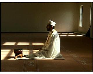 كيف يتغير جسم الإنسان أثناء الصلاة؟؟