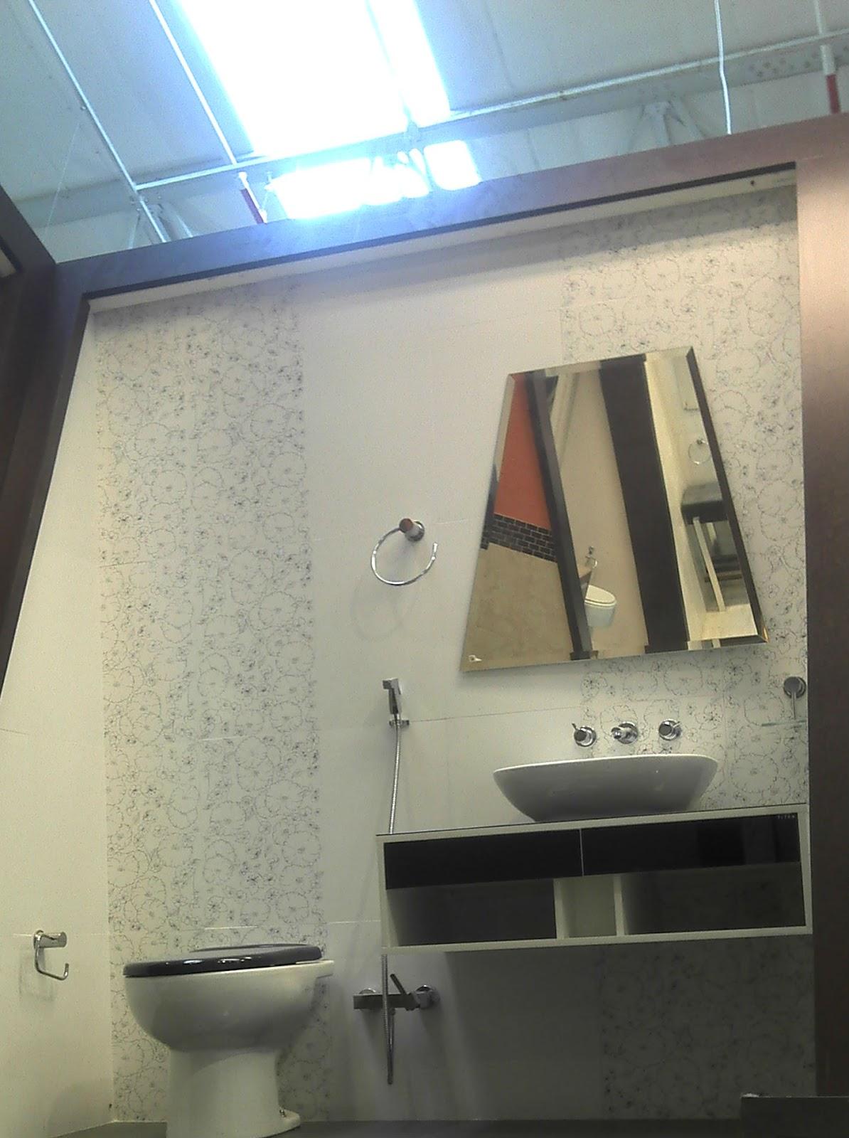 esse banheiro (não é bem o banheiro completo só a parte do box #316C9A 1194x1600 Azulejo Banheiro Leroy