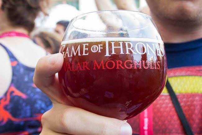 copa con cerveza de juego de tronos