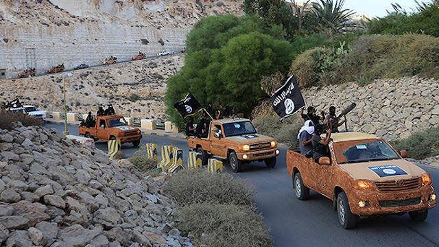 Estado Islâmico ataca navio da marinha