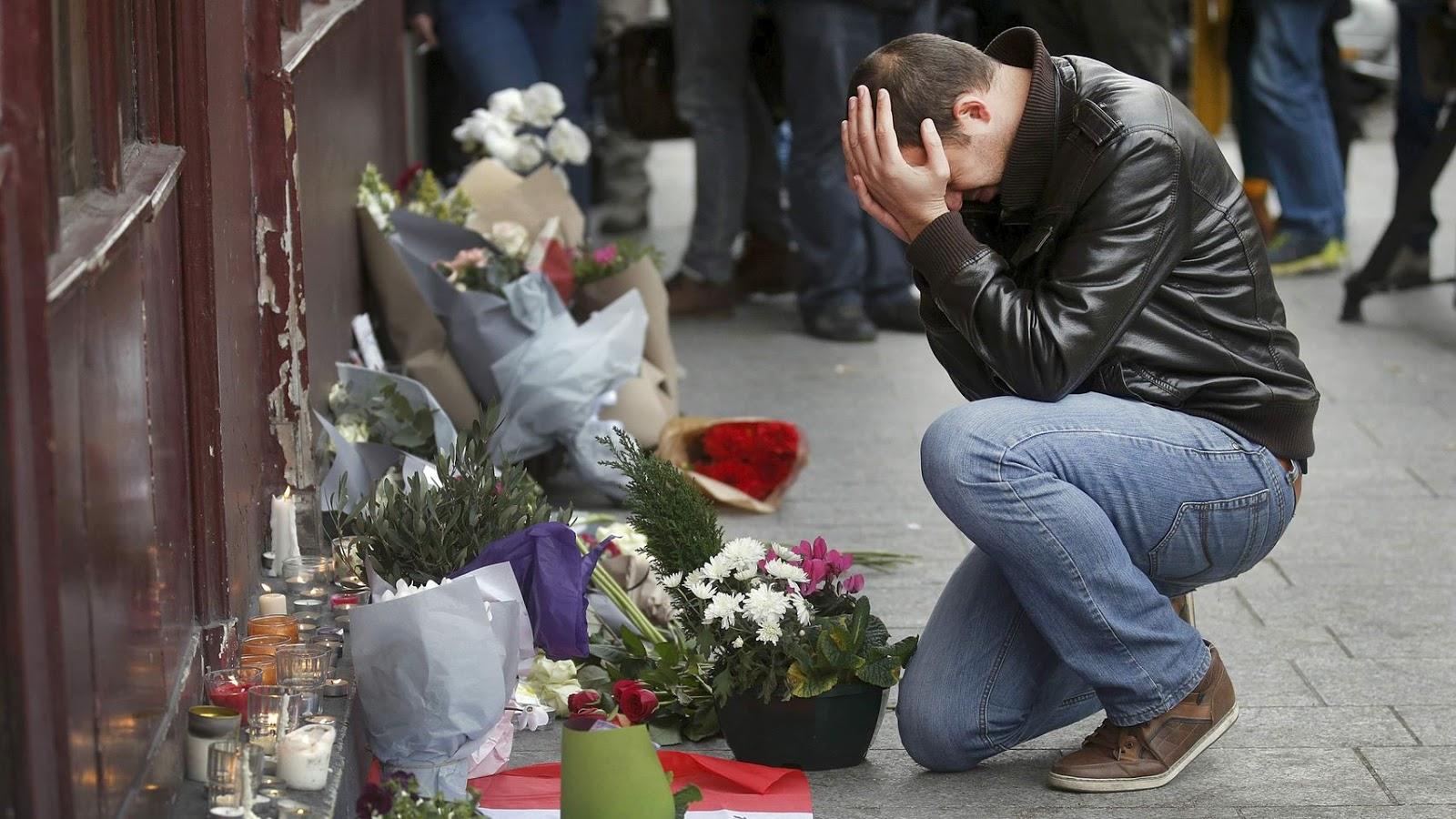 Ataque terrorista en París, Francia, perpetrado por islamistas, el viernes 13 de noviembre de 2015. Otra vez la religión demostrando que no sirve para nada | Ximinia