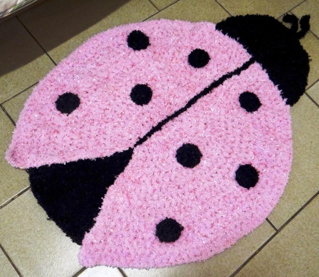 Tapete infantil de crochê para criança
