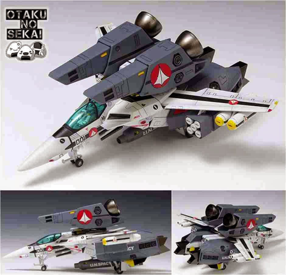Fortress Macross 1/100 VF-1S Super Valkyrie Fighter Roy Focker