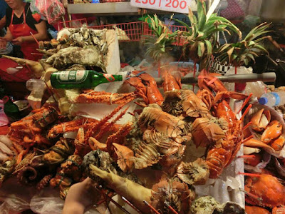 Crayfishes at night market in Keelung Taiwan