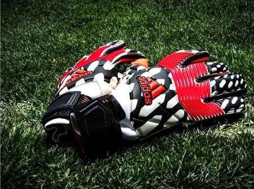 Adidas Predator Zones goalkeeper gloves world cup 2014
