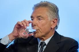 """Eugenista! CEO da Nestlé: """"A água não é um direito humano essencial"""""""