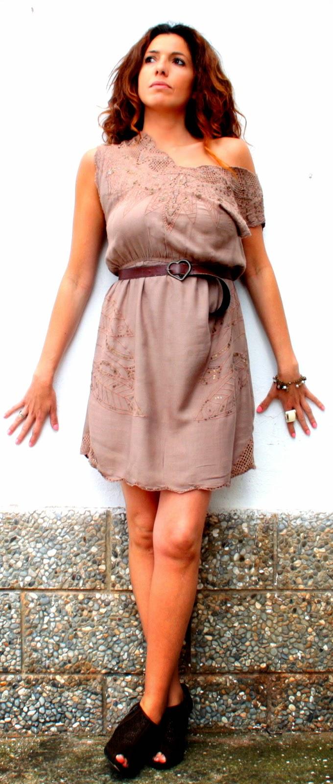 vestido comunión marrón