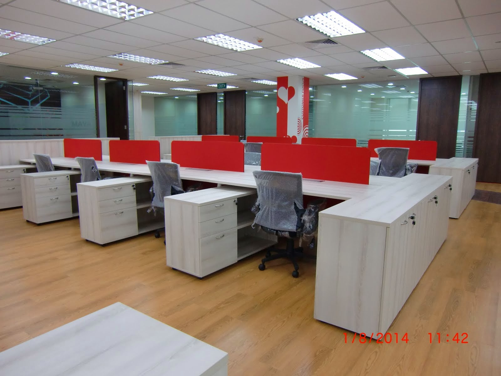 Office furniture singapore modern sleek cluster of 6 for Office design open concept