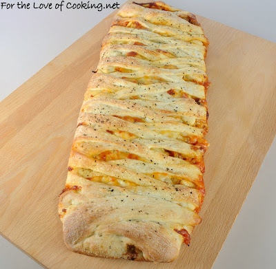 Turkey Italian Sausage and Mushroom Pizza Braid