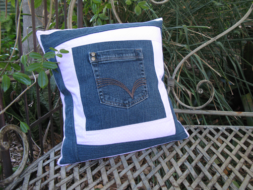 Jeans Pocket Cushion Tutorial ~ Threading My Way