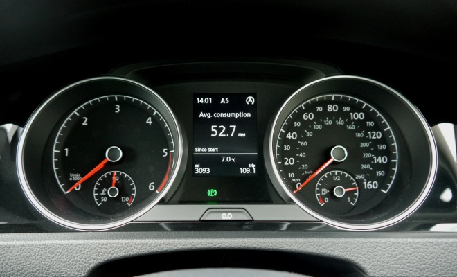 VW Golf 7 GT instruments
