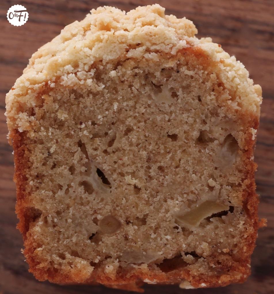 CRUMBLE CAKE POIRE AMARETTO