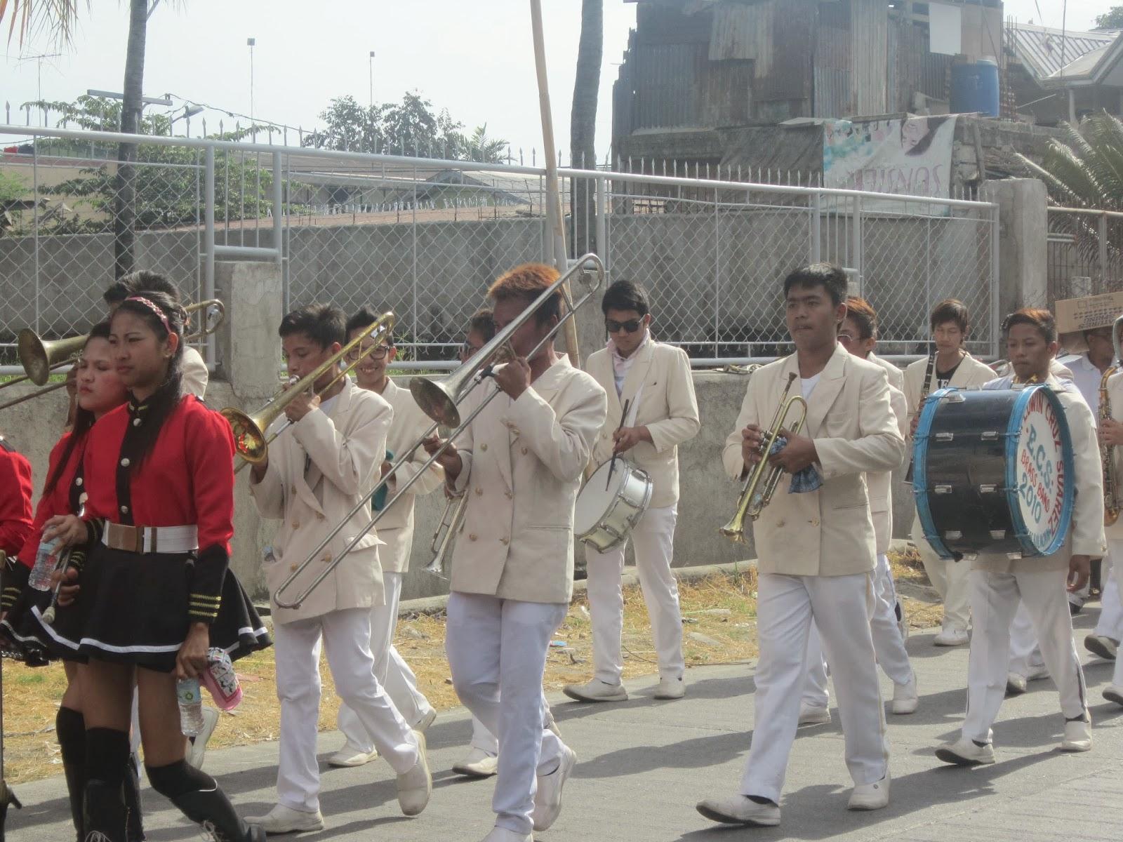 Ika-3 ng hapon ay nagkaroon ng parada o street dancing parade. May