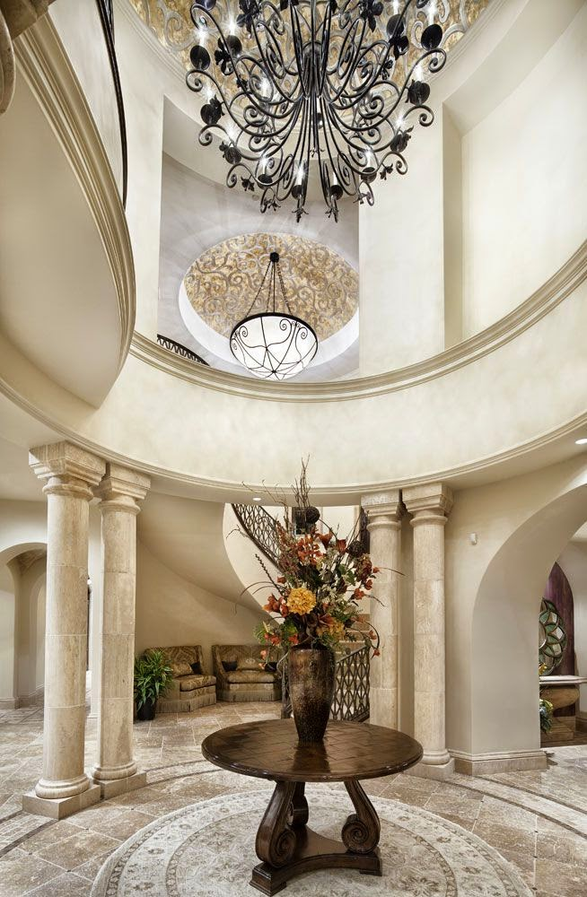 Grand foyers for Elegant foyer ideas