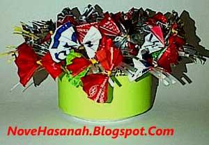bunga pita dari kaleng dan bungkus permen
