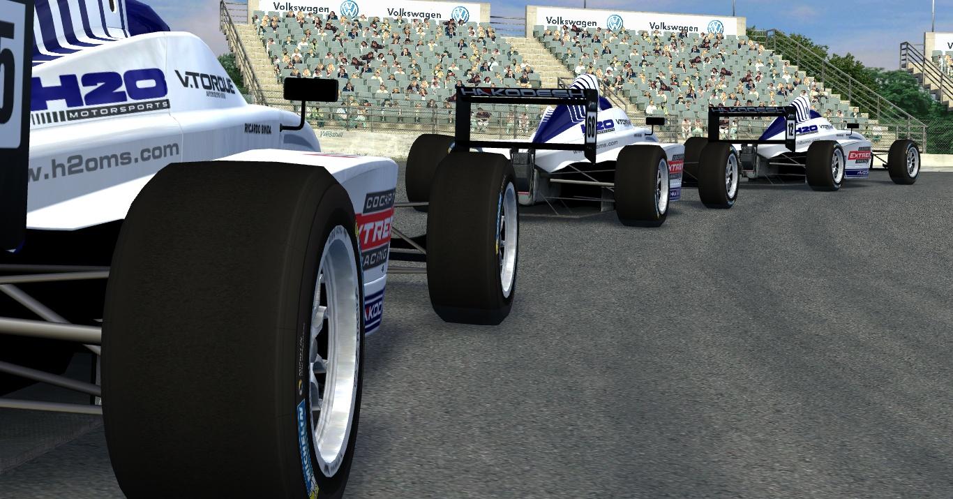 Apresentação da H2O para o Fórmula BMW 2015 Lfs_00000539
