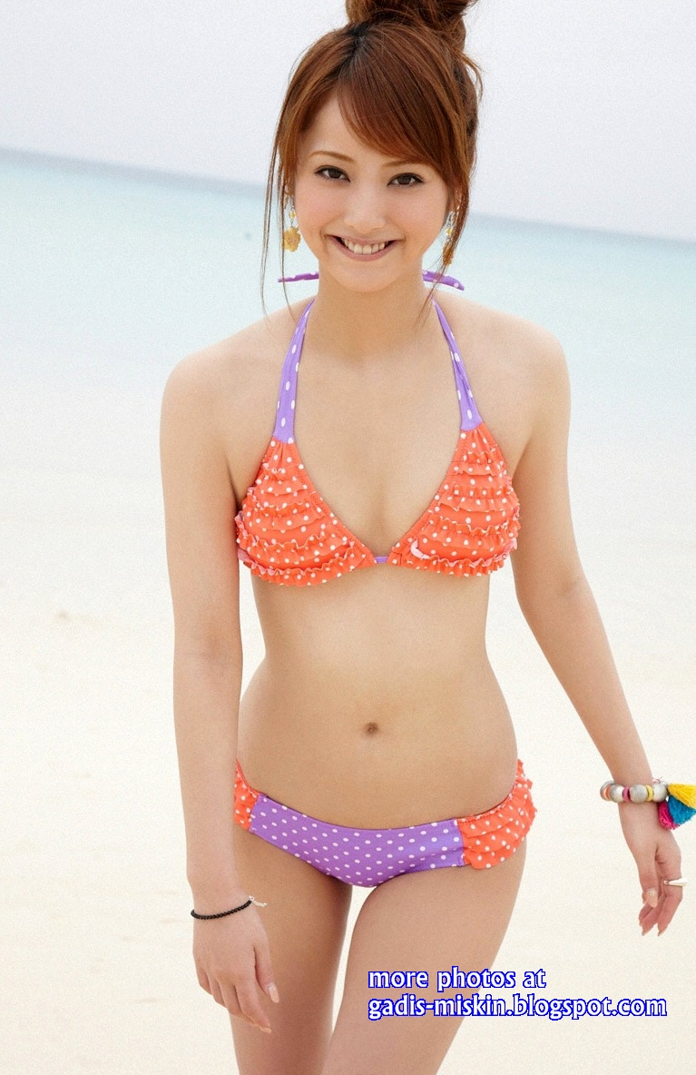 nozomi sasaki orange sexy bikini galery foto hot sexy narsis