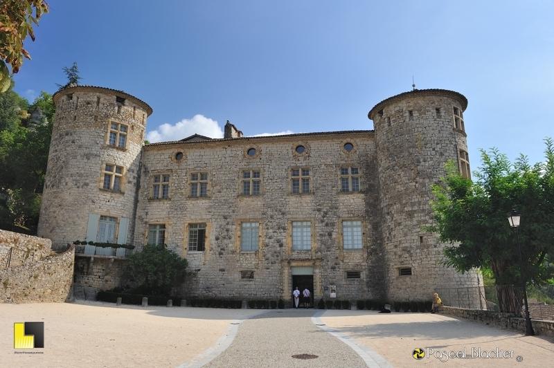 façade principale du château de Vogüé photo blachier pascal
