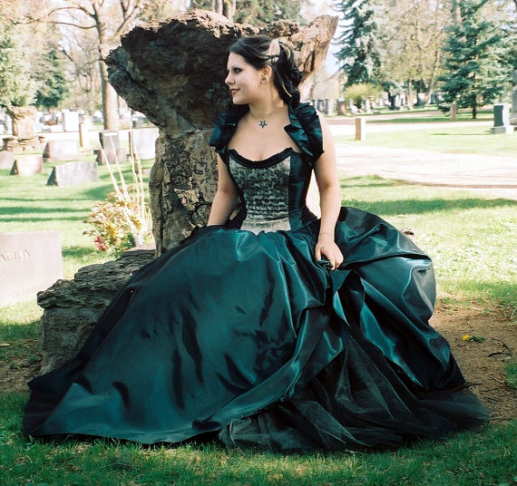 Dark Green Victorian Steampunk Gothic Prom Gowns Photos