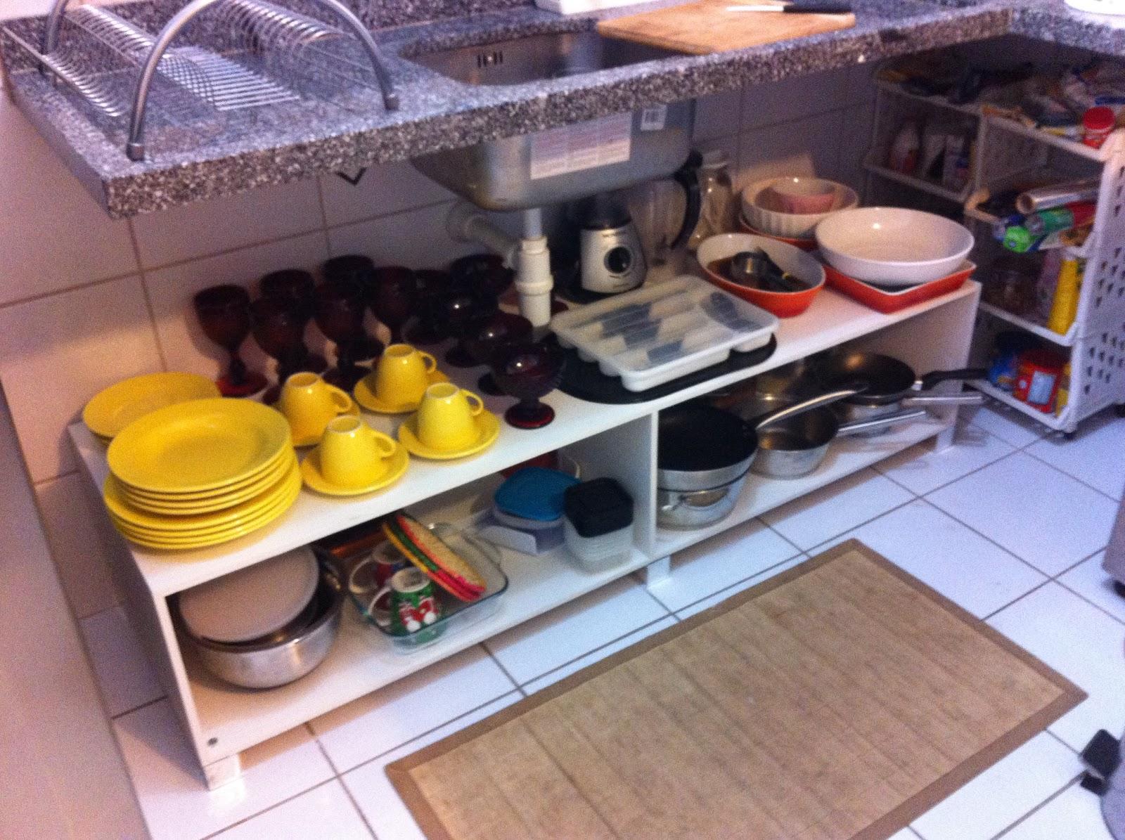 Casa de Gente Grande: Soluções para apartamento alugado: cozinha #BC960F 1600 1195