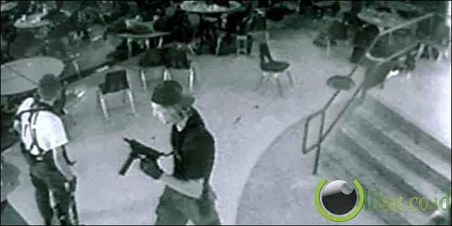 Pembantaian Columbine High School Massacre