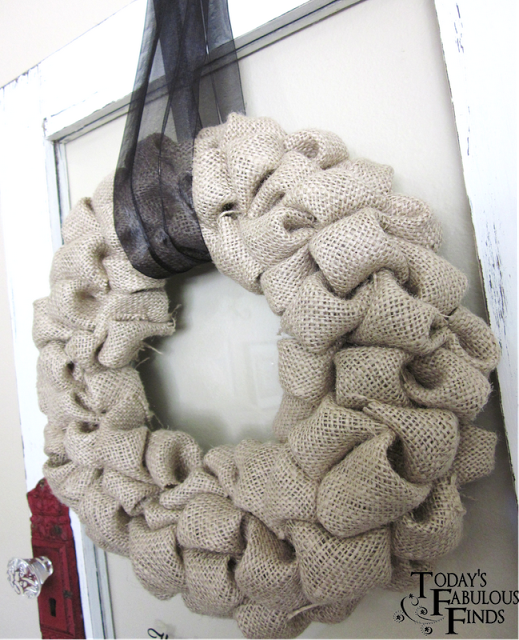 The Original Burlap 'Bubble' Wreath {Tutorial}