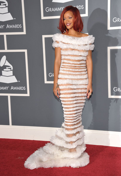 rihanna dresses 2011