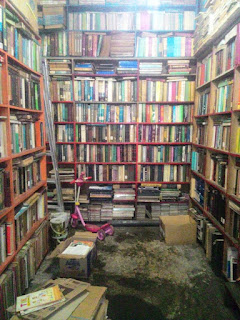 pasar buku - surabaya