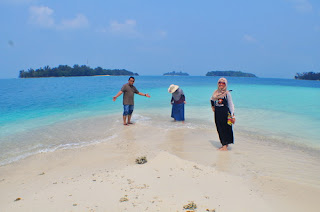 pulau gosong yang eksotis