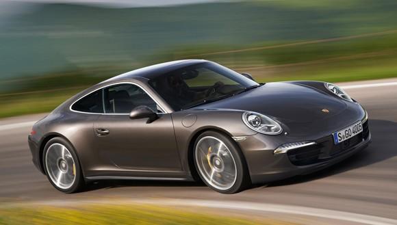 Nuevos Porsche 911 Carrera 4 y Carrera 4S con traccion total