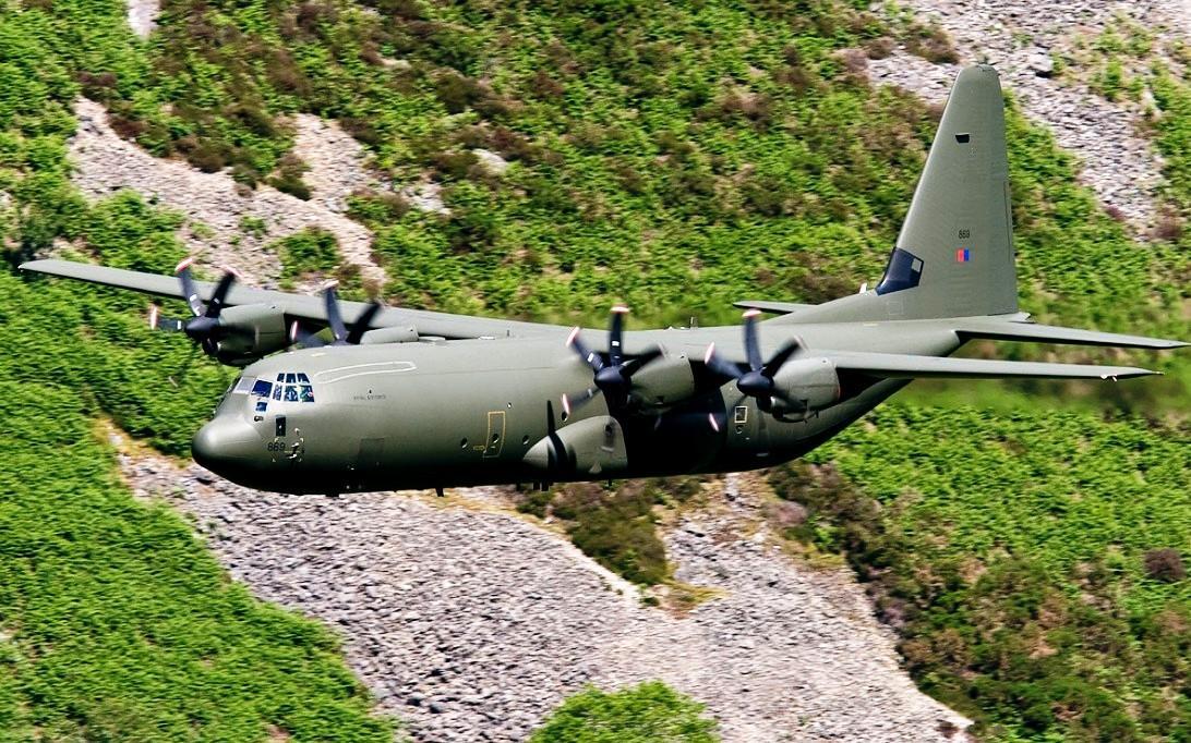 C-130J Super Hercules Transport Aircraft wallpaper 2