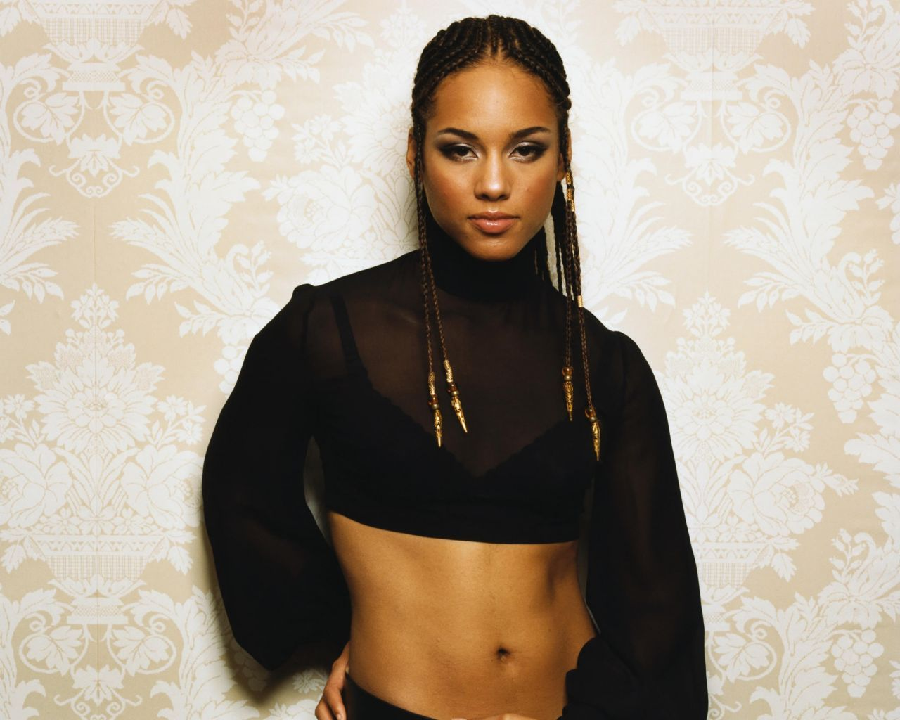 Alicia_keys_hot_wallpaper+(6)jpg