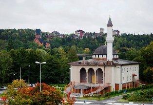 masjid fittja swedia adzan