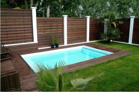 Muebles y decoraci n de interiores piscinas en el jard n - Decoracion de piscinas y jardines ...