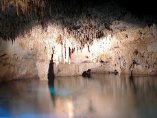 Cenote de los Dos Ojos (Riviera Maya)