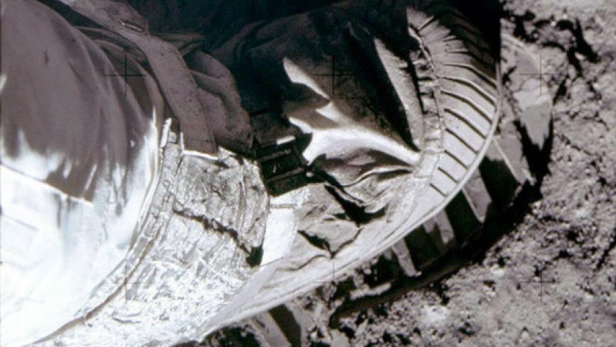 moonshot the flight of apollo 11 pdf