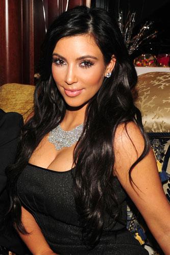 kim kardashian 2011 outfits. hair kim kardashian 2011 pics. kim kardashian and kris kim kardashian 2011