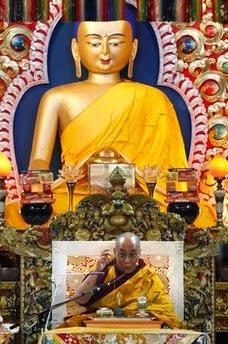 Dalai-Lama-Biography-Buddhist-Teachings