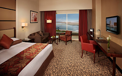In total, there are 443 rooms at Khalidiya Palace Rayhaan by Rotana
