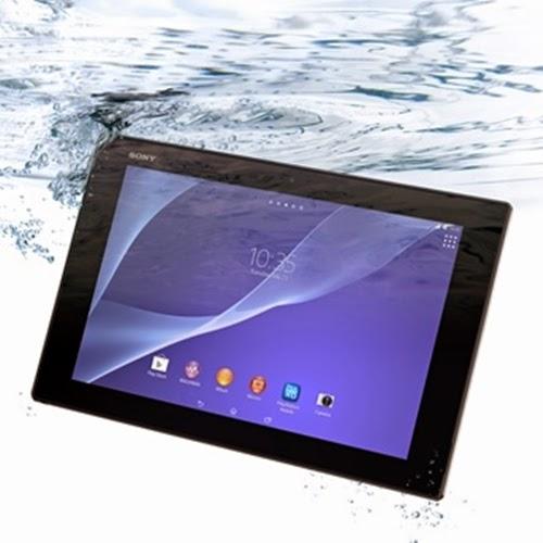 o Xperia Z2 para acessar informações ou tirar fotografias na piscina